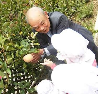 理事長先生とリンゴ